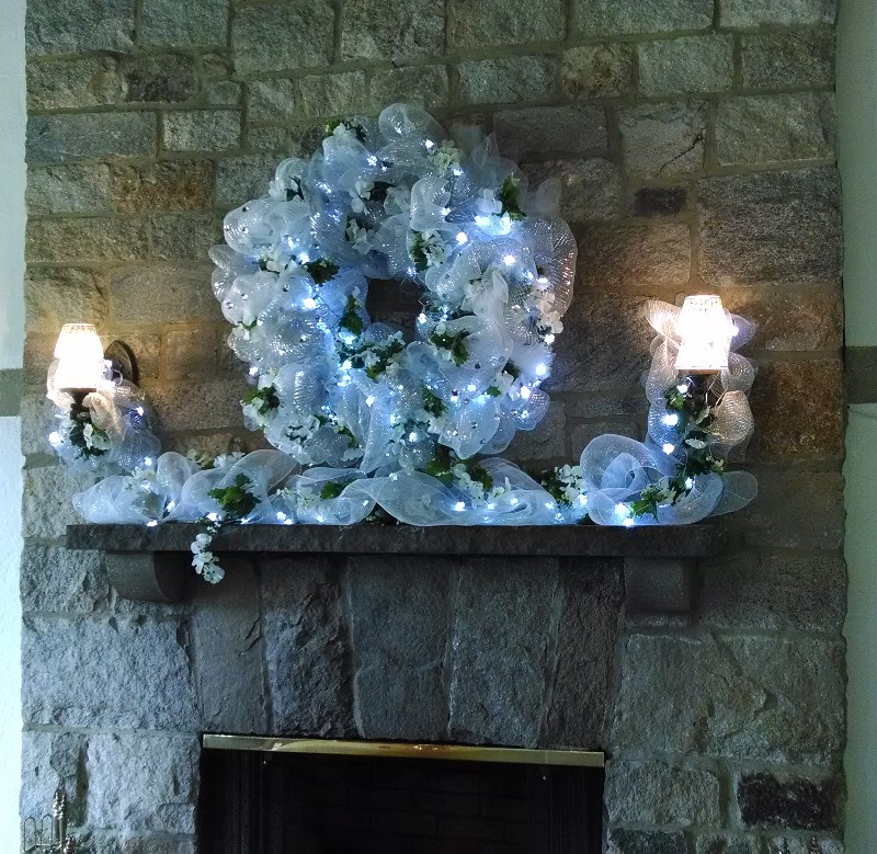 white mantel 8x8